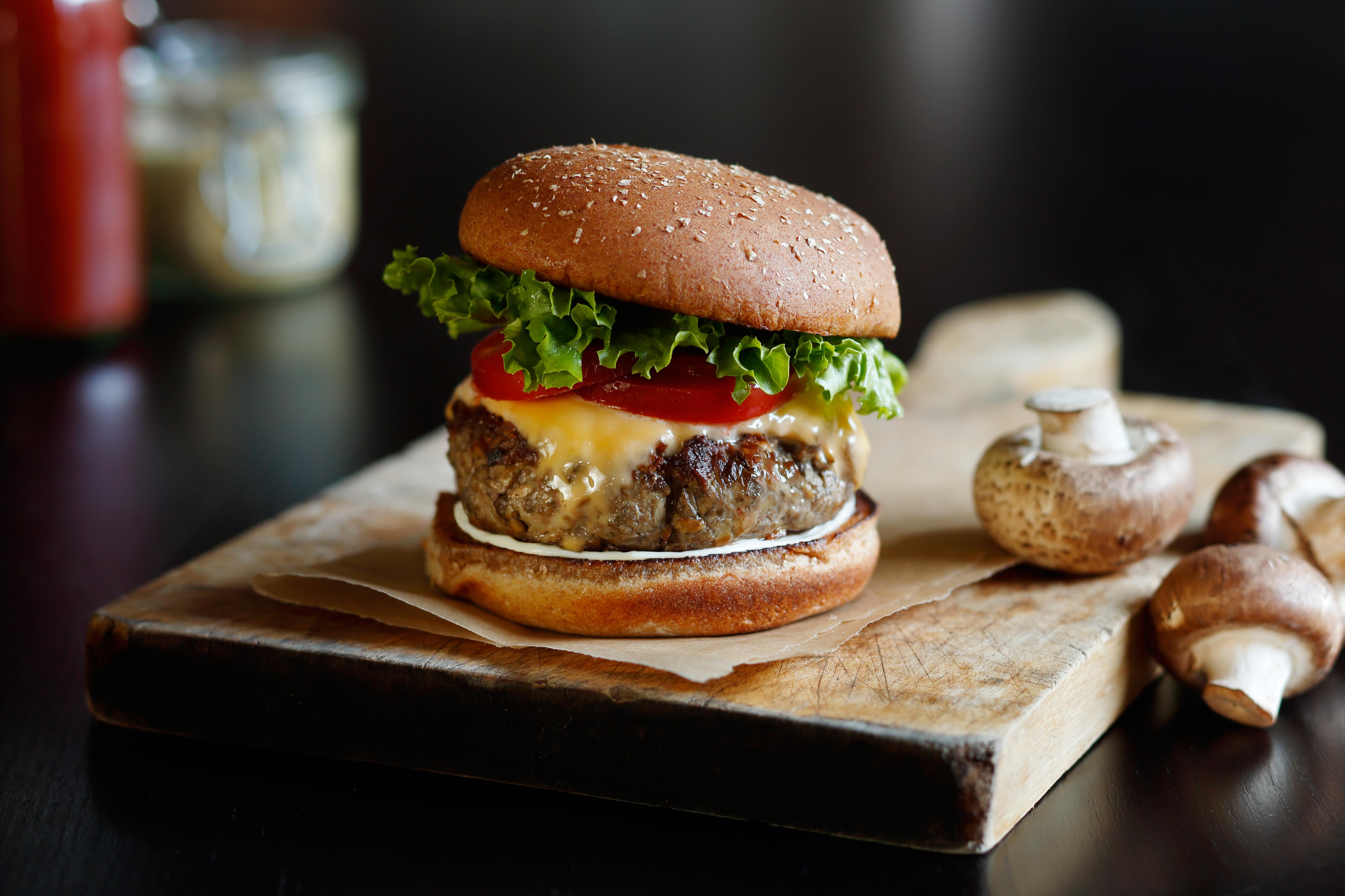 Classic Blend Burger.jpg