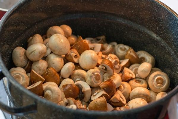 canned-marinated-mushrooms-5.jpg